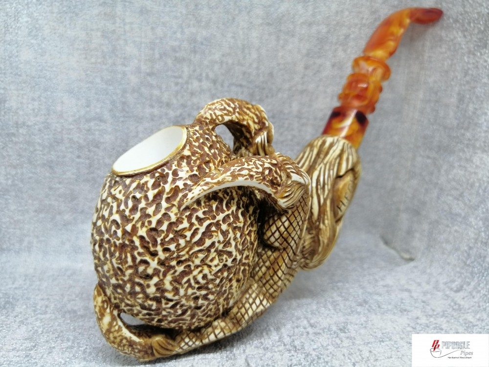 Meerschaum Claw Pipe (Brown Wax)