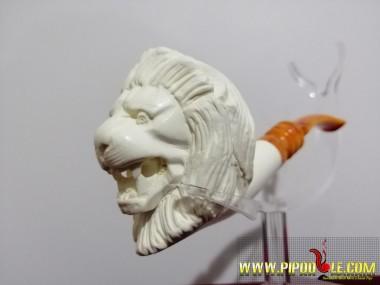 Meerschaum Lion Pipe !
